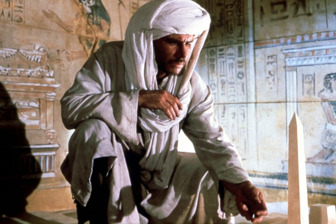 Harrison Ford v kultovní roli Indiana Jonese. Ne vždy měl na sobě klobouk