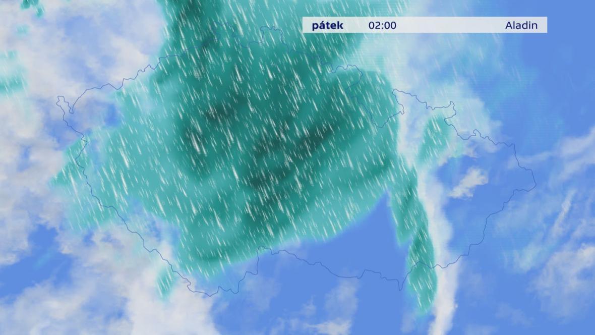 V noci na pátek může napršet až 50 mm srážek