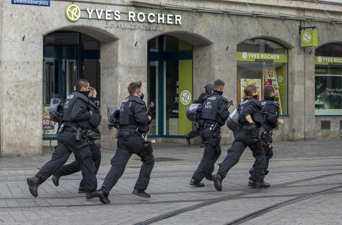 Policie zasahovala v německém Würzburgu