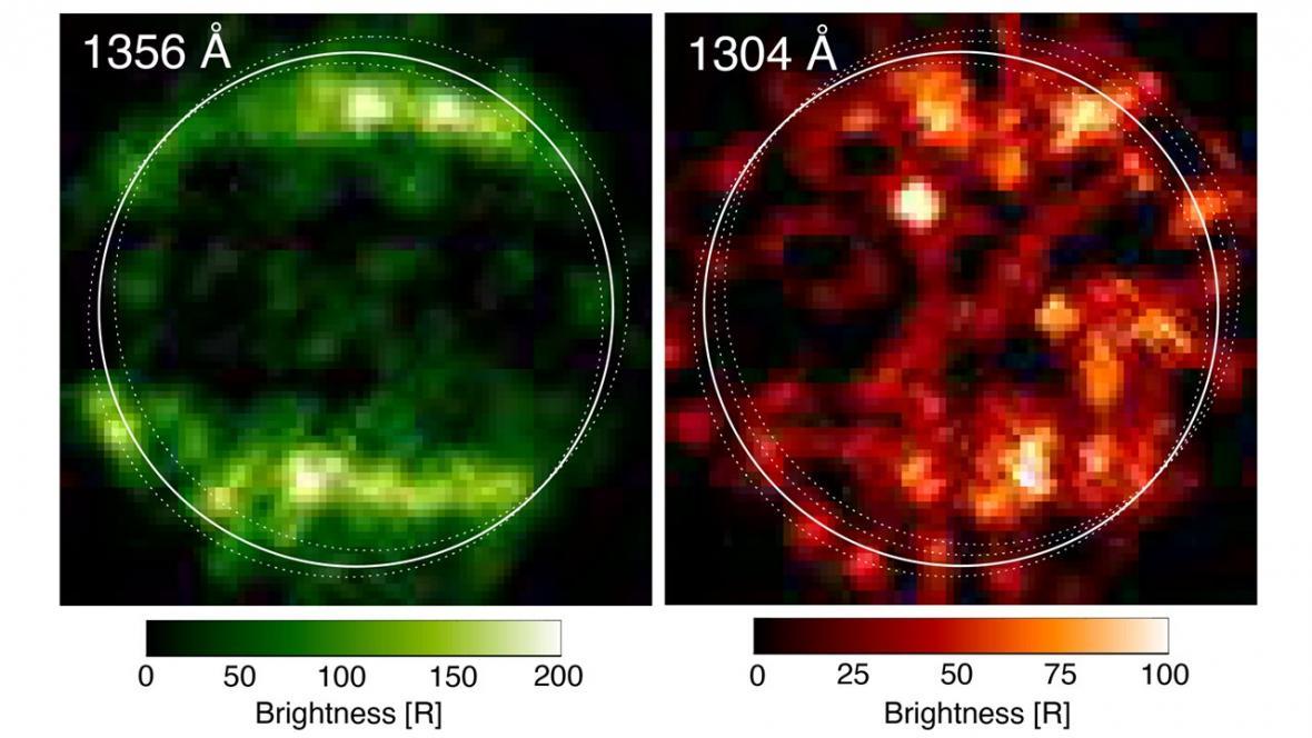 Snímky Ganymedu v ultrafialovém světle