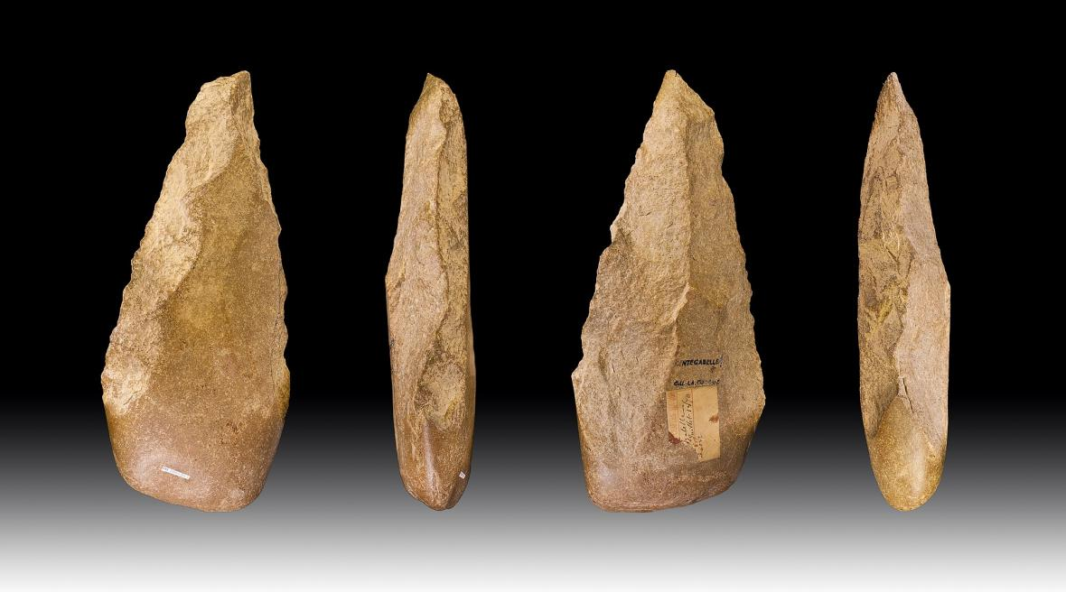 Nástroje acheulské kultury