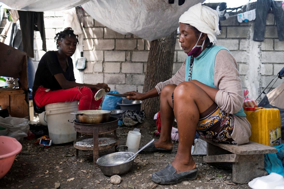 Domov pro rodiny ohrožené gangy v Port-au-Prince