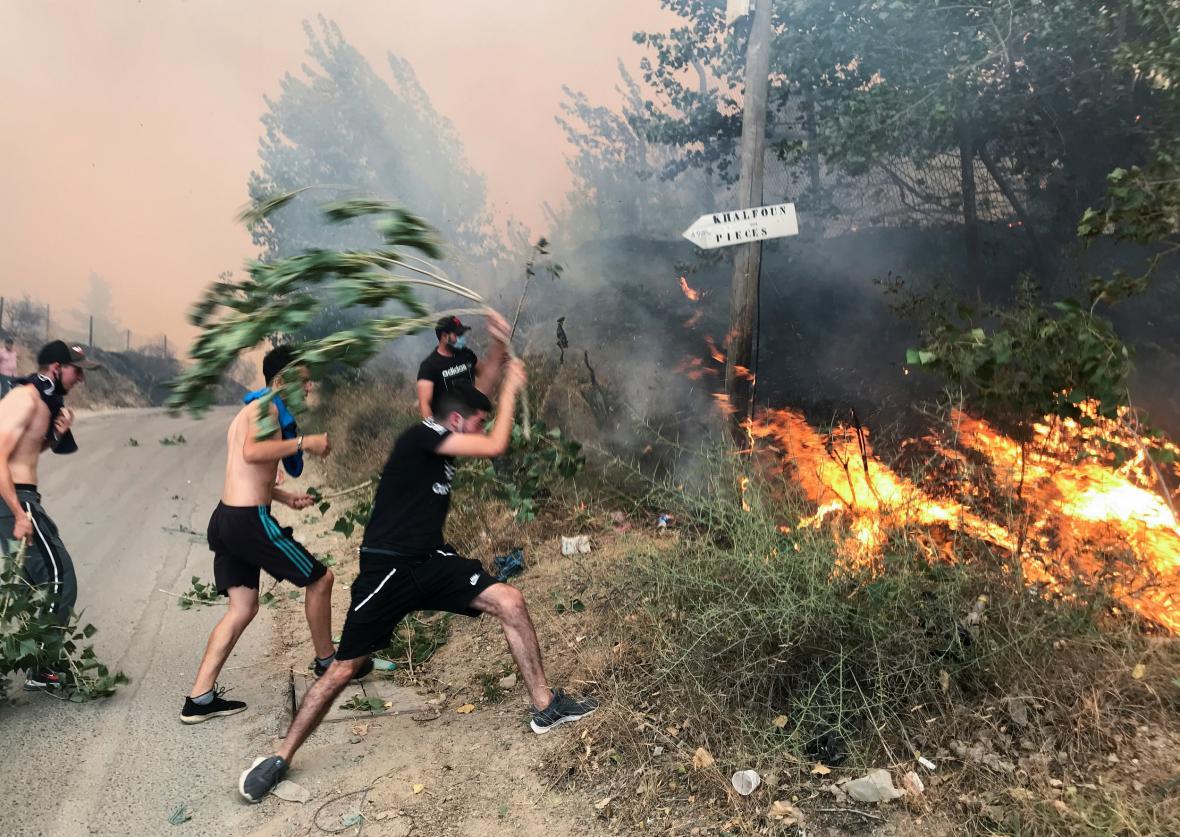 Lesní požáry v Alžírsku