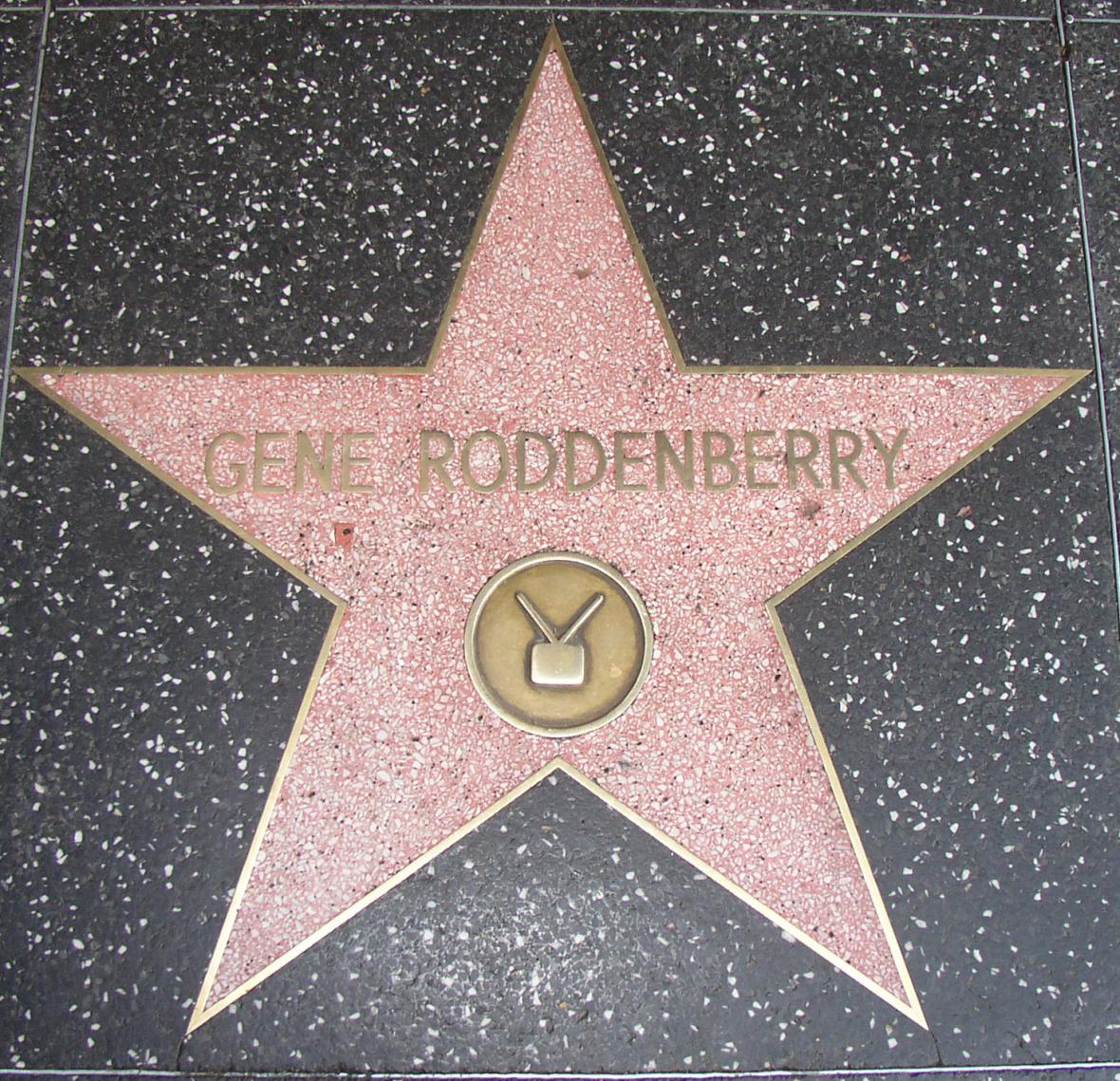Gene Roddenberry má vlastní hvězdu na Chodníku slávy