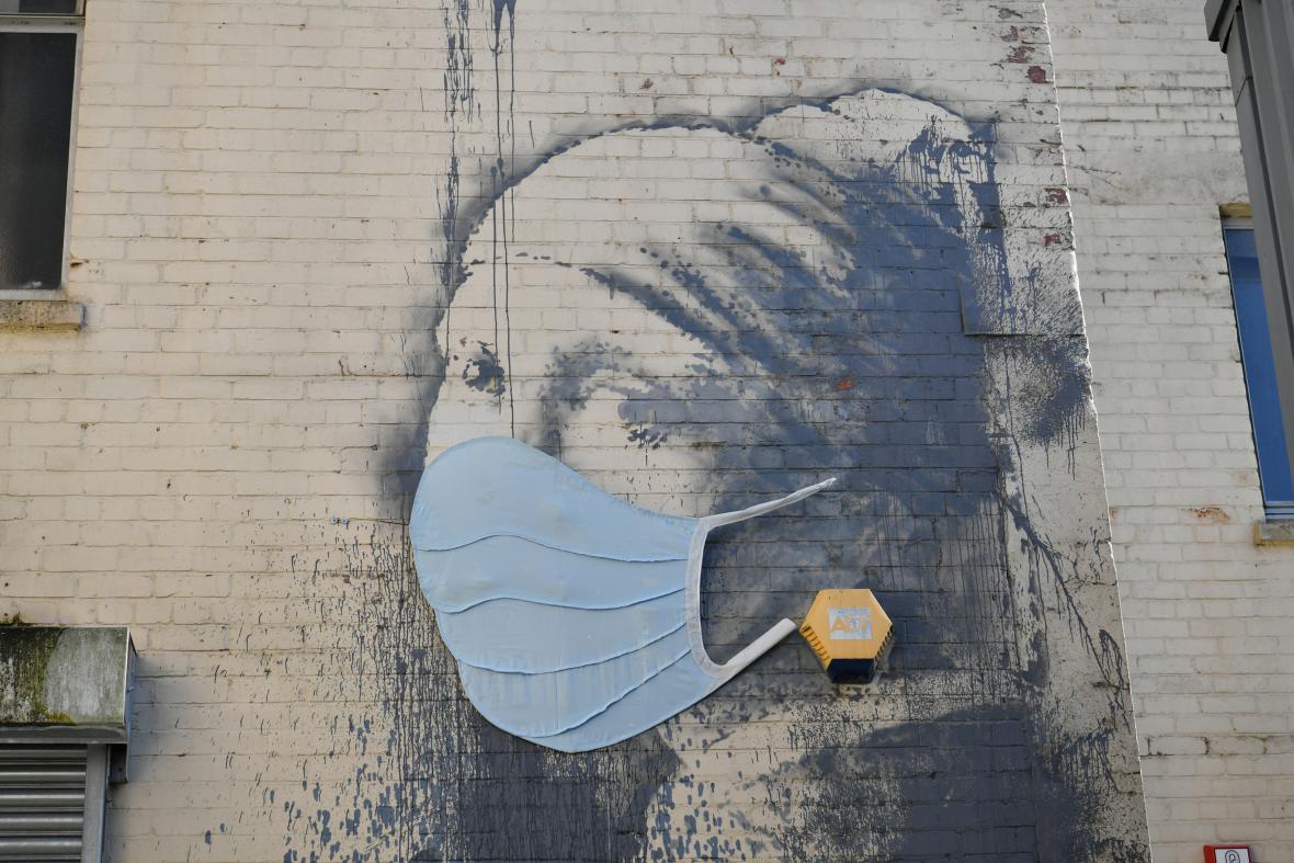 """Banksyho """"dívka s alarmem"""