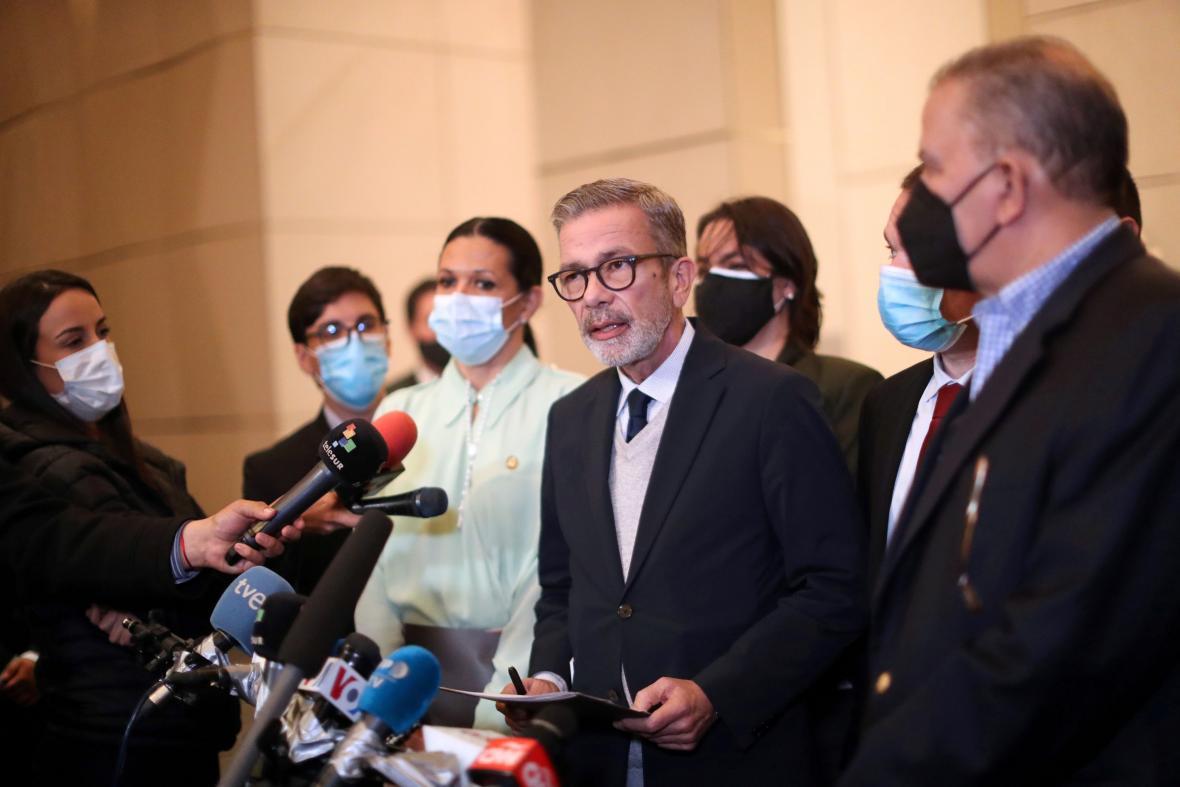 Hlavní vyjednavač opozice Gerardo Blyde Perez