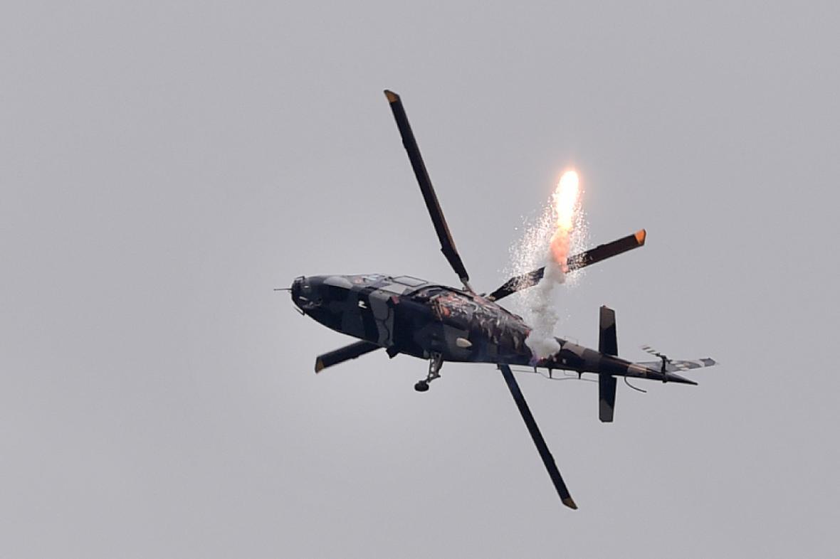 Vrtulník A-109 Razzle Blades