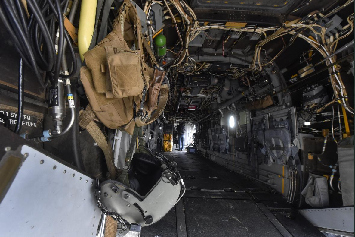Interiér letounu V-22 Osprey