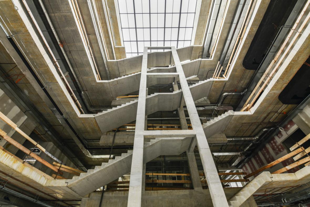 Univerzita vybudovala v kampusu už tři budovy