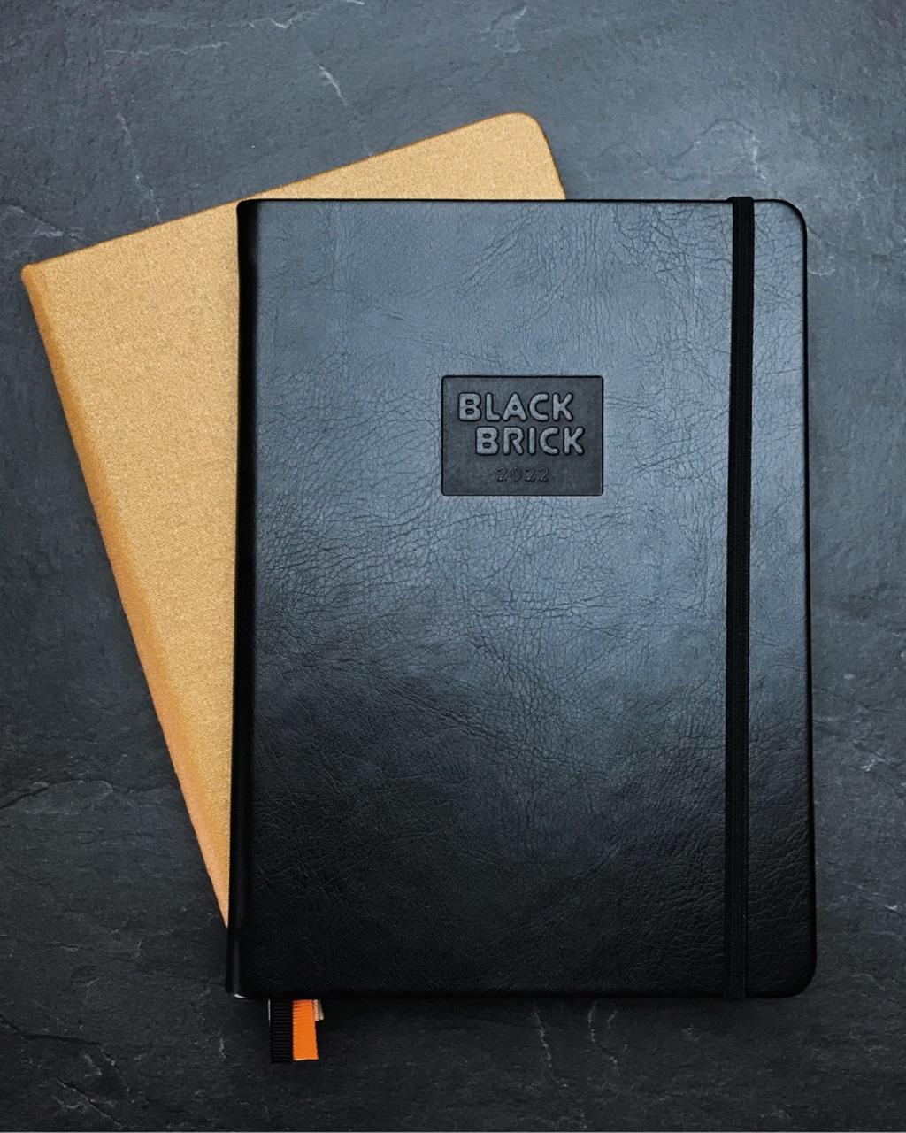 Diář a zápisník (Black Brick)
