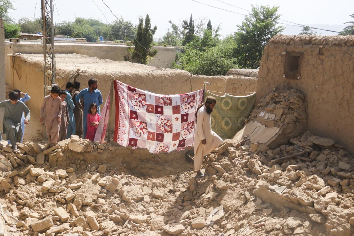 Město Harnai bylo zemětřesením výrazně poničeno