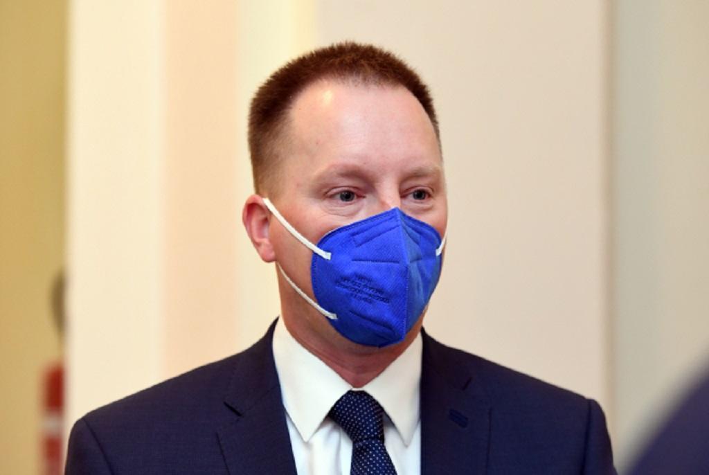 Obžalovaný Jiří Staněk u Městského soudu v Praze, který projednával 13. října 2021 kauzu nákupu armádních letounů CASA.
