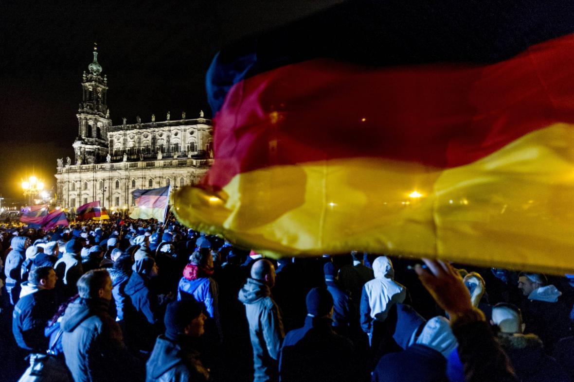 Drážďanská manifestace kritiků islámu