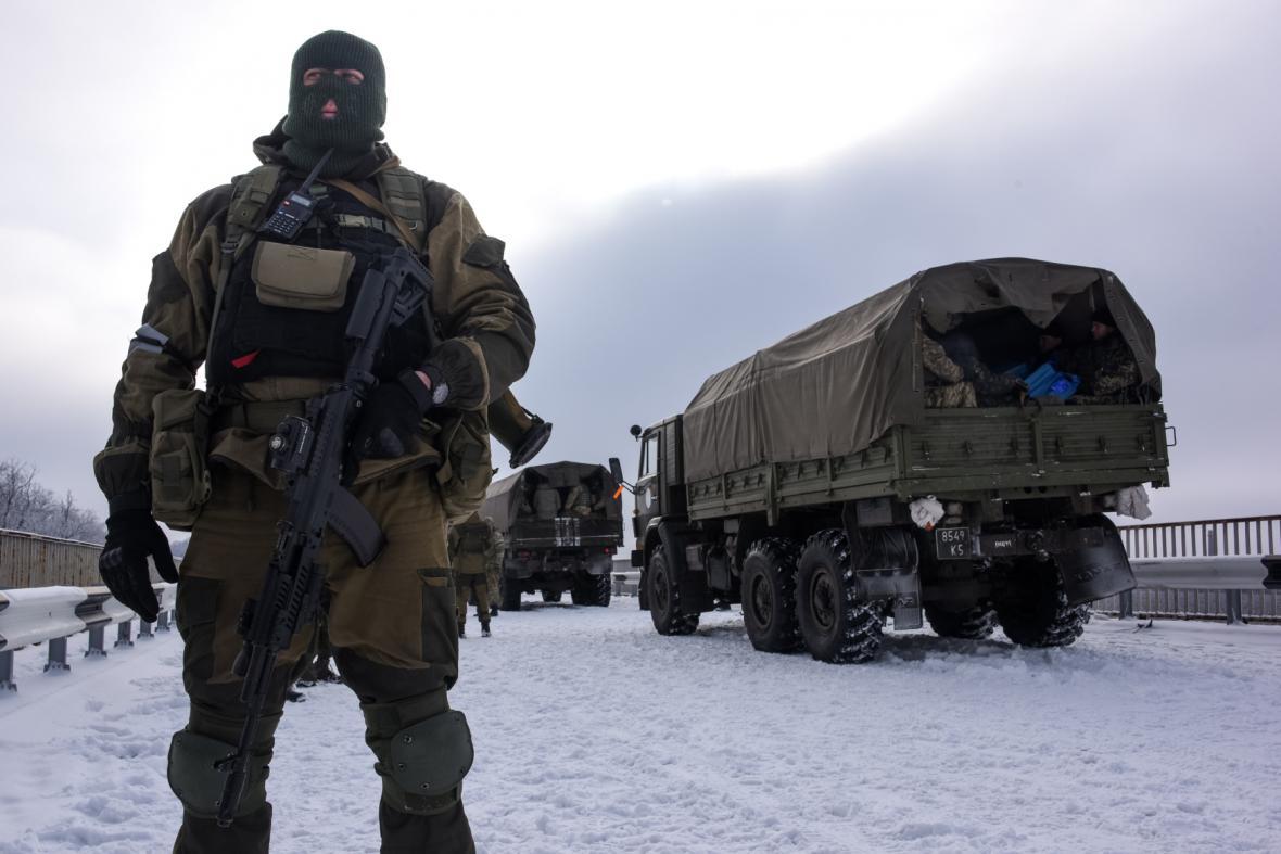 Boje v Doněcku pokračují