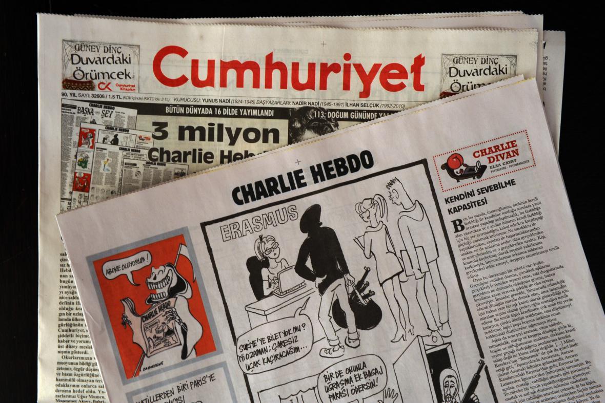 Poslední číslo Charlie Hebdo otiskly ve zkrácené verzi i turecké noviny