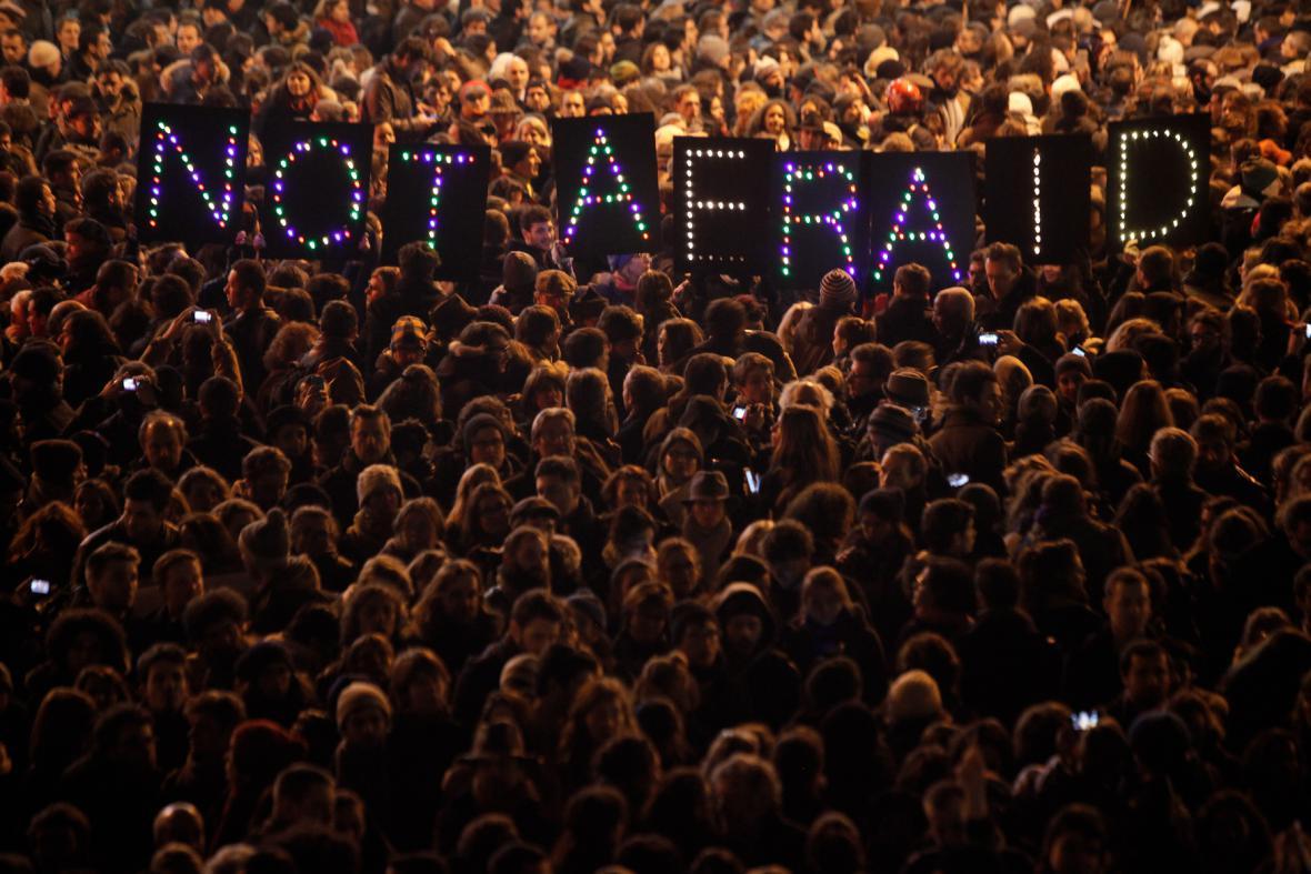 Pieta za Charlie Hebdo v Paříži
