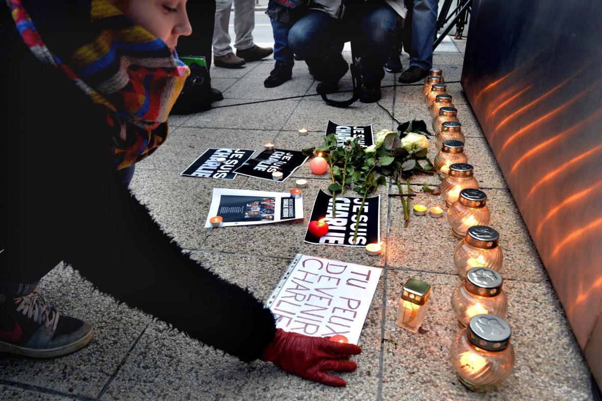 Pieta za Charlie Hebdo v Budapešti
