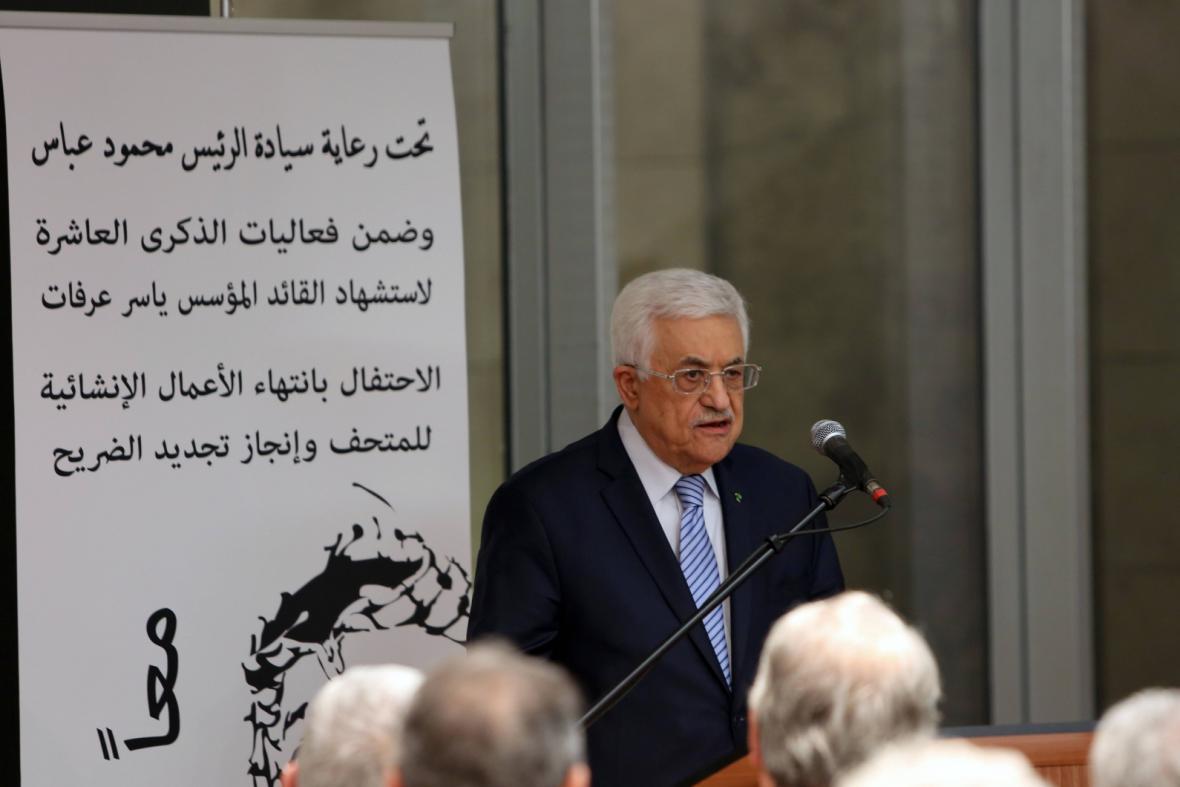 Mahmúd Abbás při otevření muzea Jásira Arafata v Ramalláhu