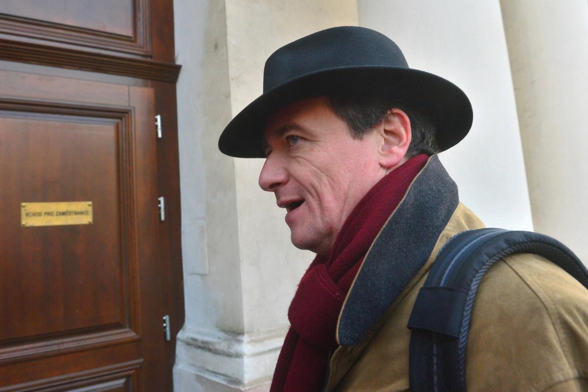 David Rath přichází k soudu