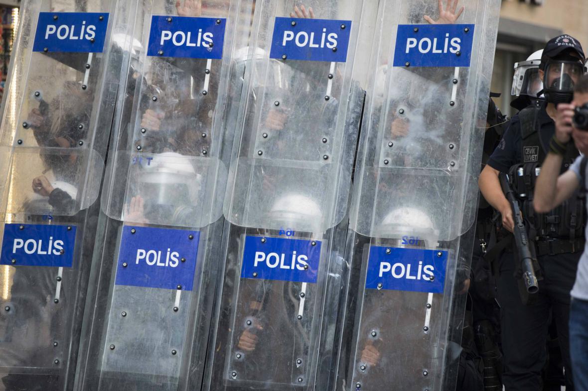 Zásah turecké policie v Istanbulu
