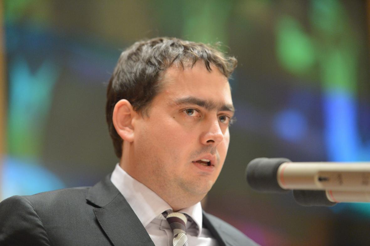 Petr Dolínek