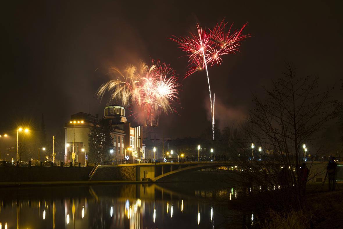 Novoroční ohňostroj v Hradci Králové