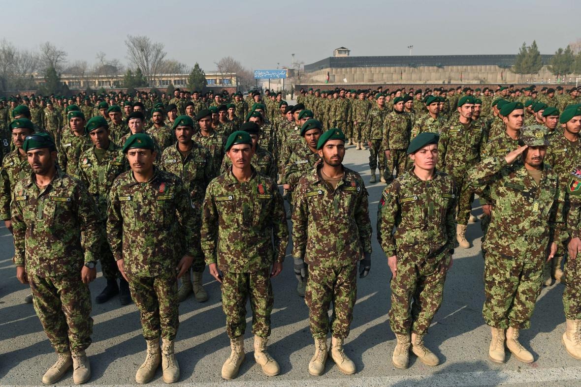 Slavnostní přísaha kadetů afghánské armády