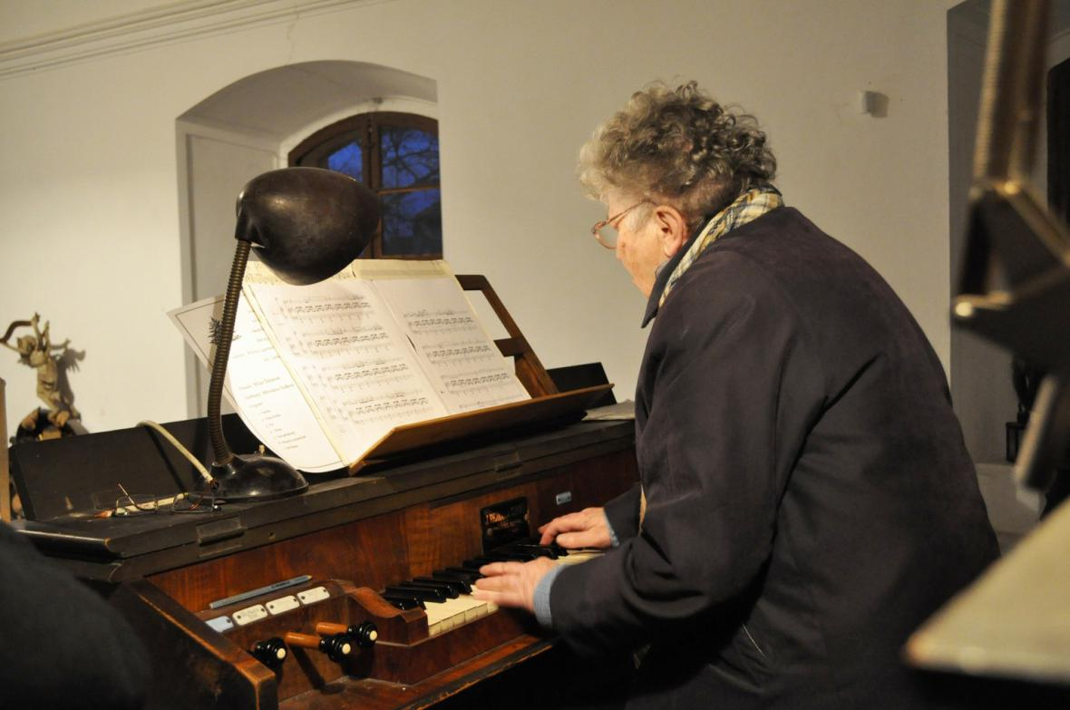 Vánoční koncert v kostele sv. Kateřiny  v obci Obora