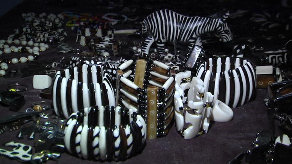 Ozdoby vyrobené ze zvířecích kostí