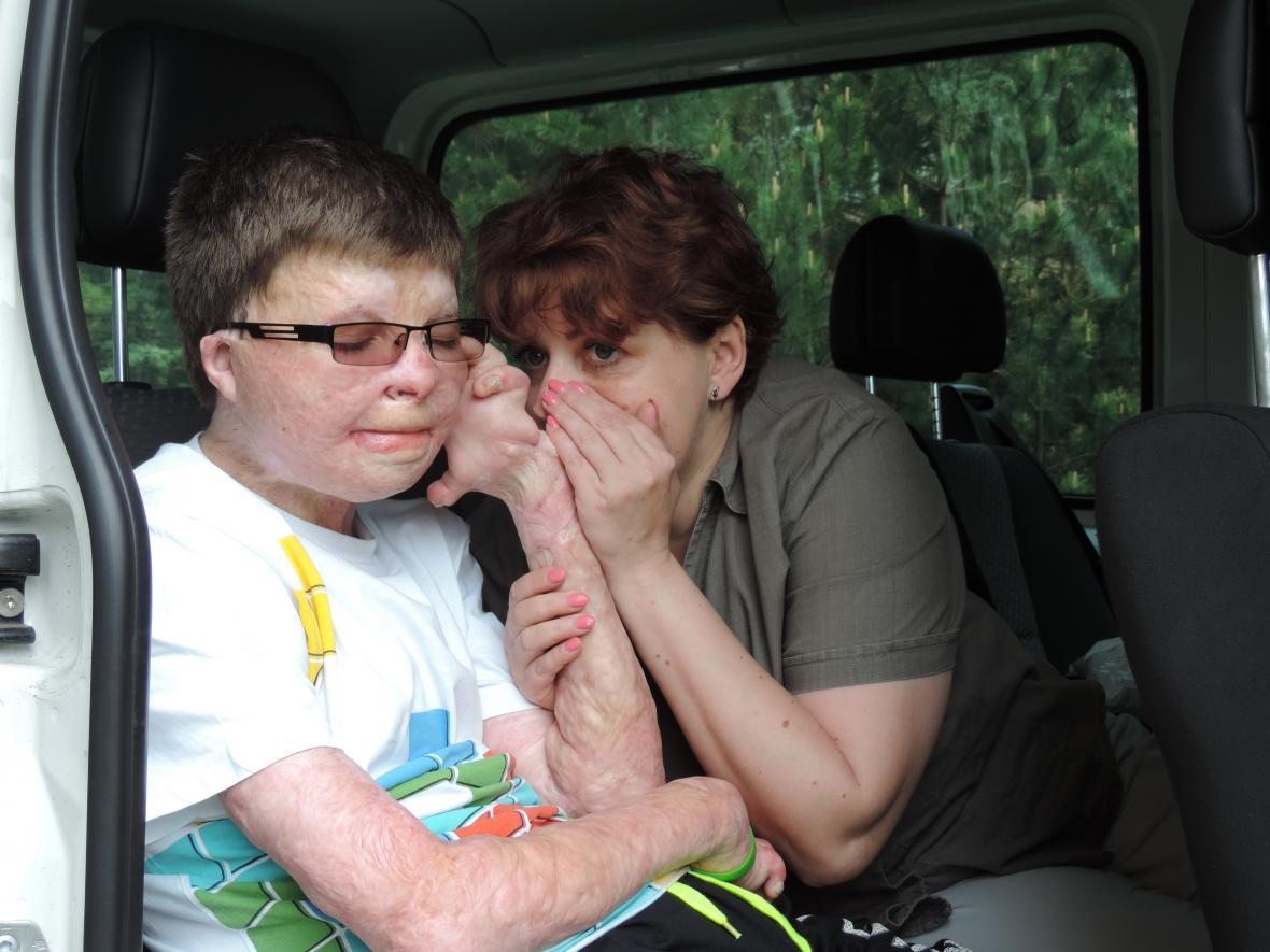 Lukáš s maminkou
