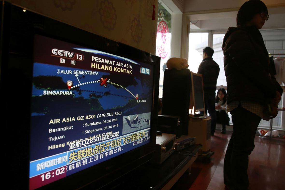 Letadlo AirAsia zmizelo z radarů
