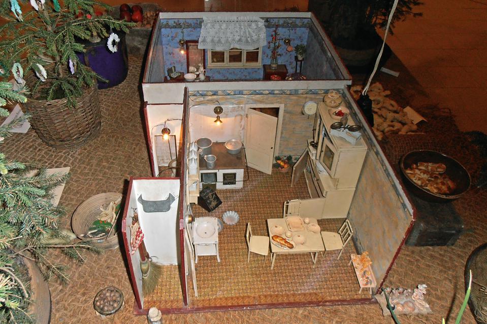 Pokojíček pro panenky, který v roce 1935 dostala k Vánocům šestiletá Jaruška