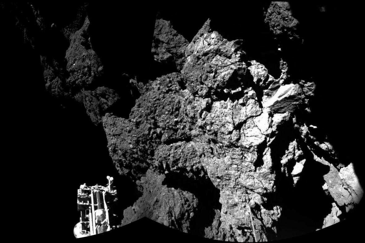 Lidstvo dosáhlo na kometu