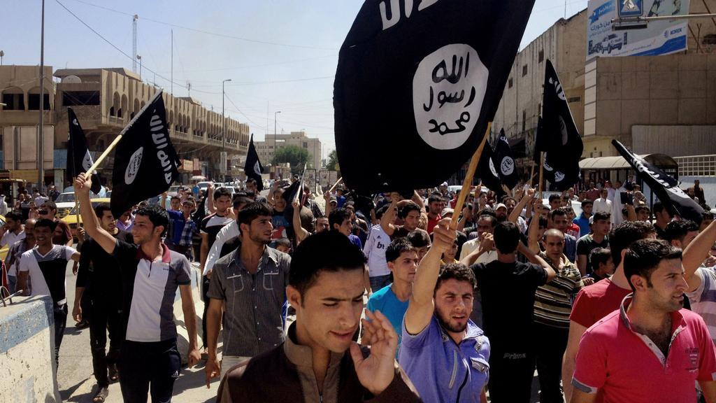 Mosul v obležení přívrženců IS