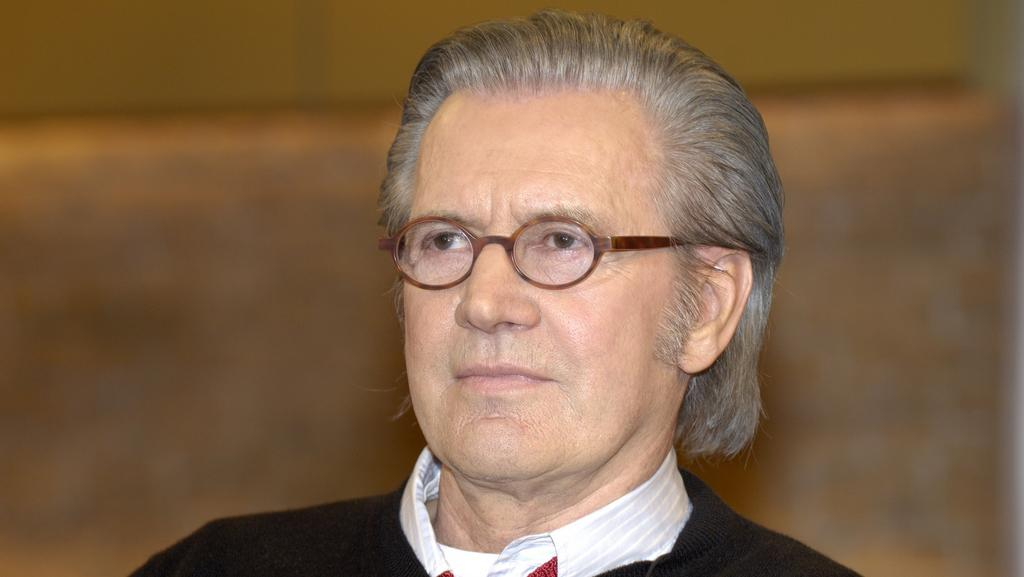Jürgen Todenhöfer - muž, který dostal souhlas s poznáním reálií IS
