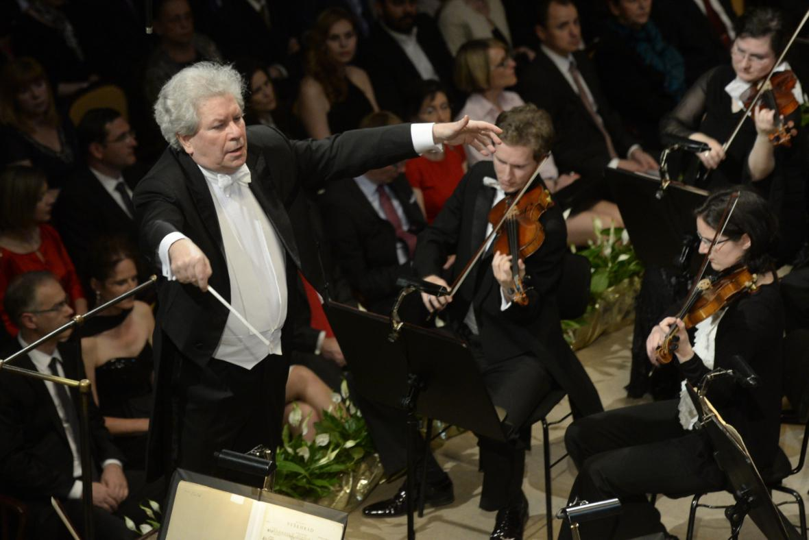 Česká filharmonie (diriguje Jiří Bělohlávek)