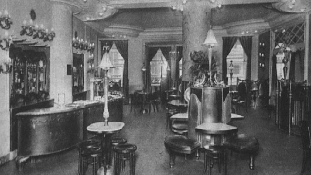 Salon v cukrárně Köpf a Jäger