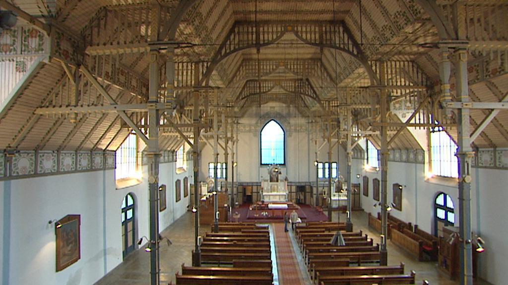Interiér kostela sv. Vojtěcha