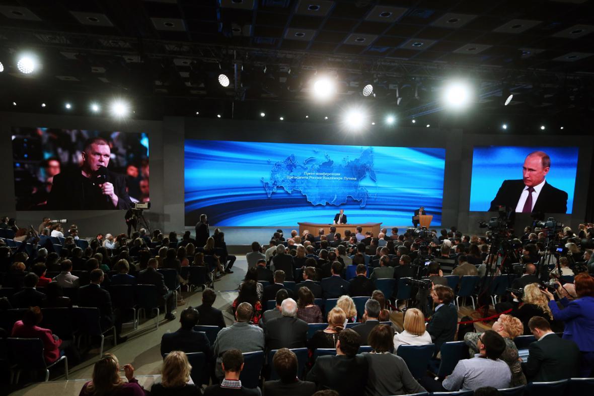 Včerejší tisková konference prezidenta Putina