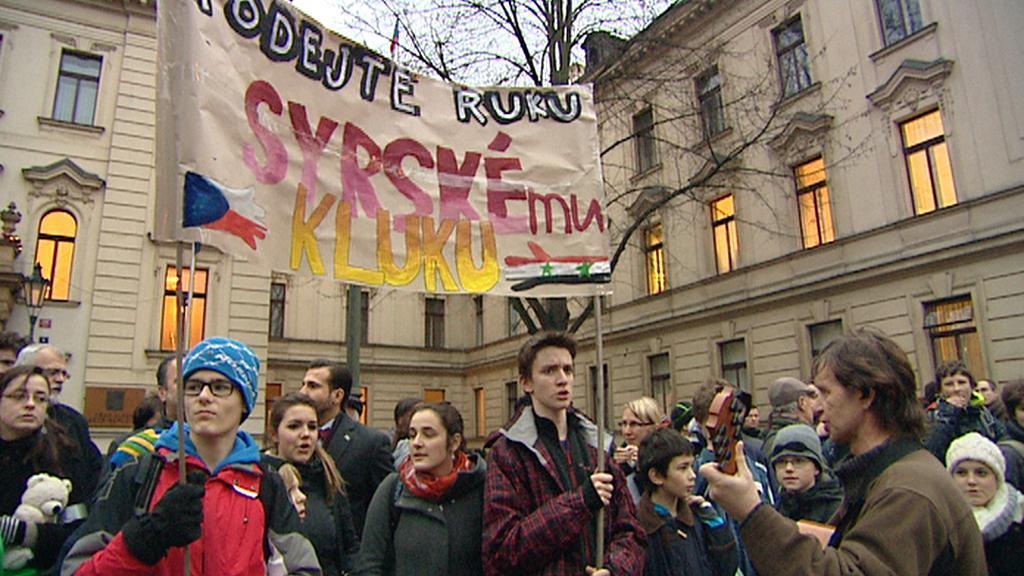 Demonstrace před vládou