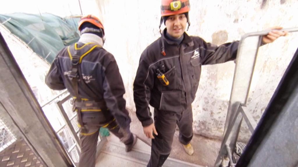 Dělníci na komíně