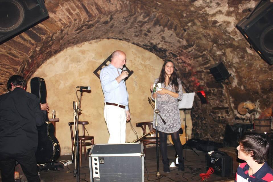 21. září jsem ve Znojmě pokřtil studentce z FAMU její první CD