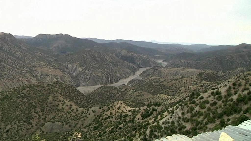 V těžko přístupných horských údolích je boj s Talibanem velmi obtížný
