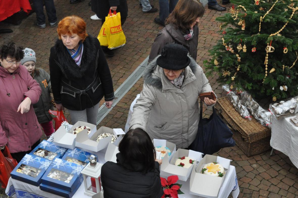 Vánoční trhy v lounském Domku