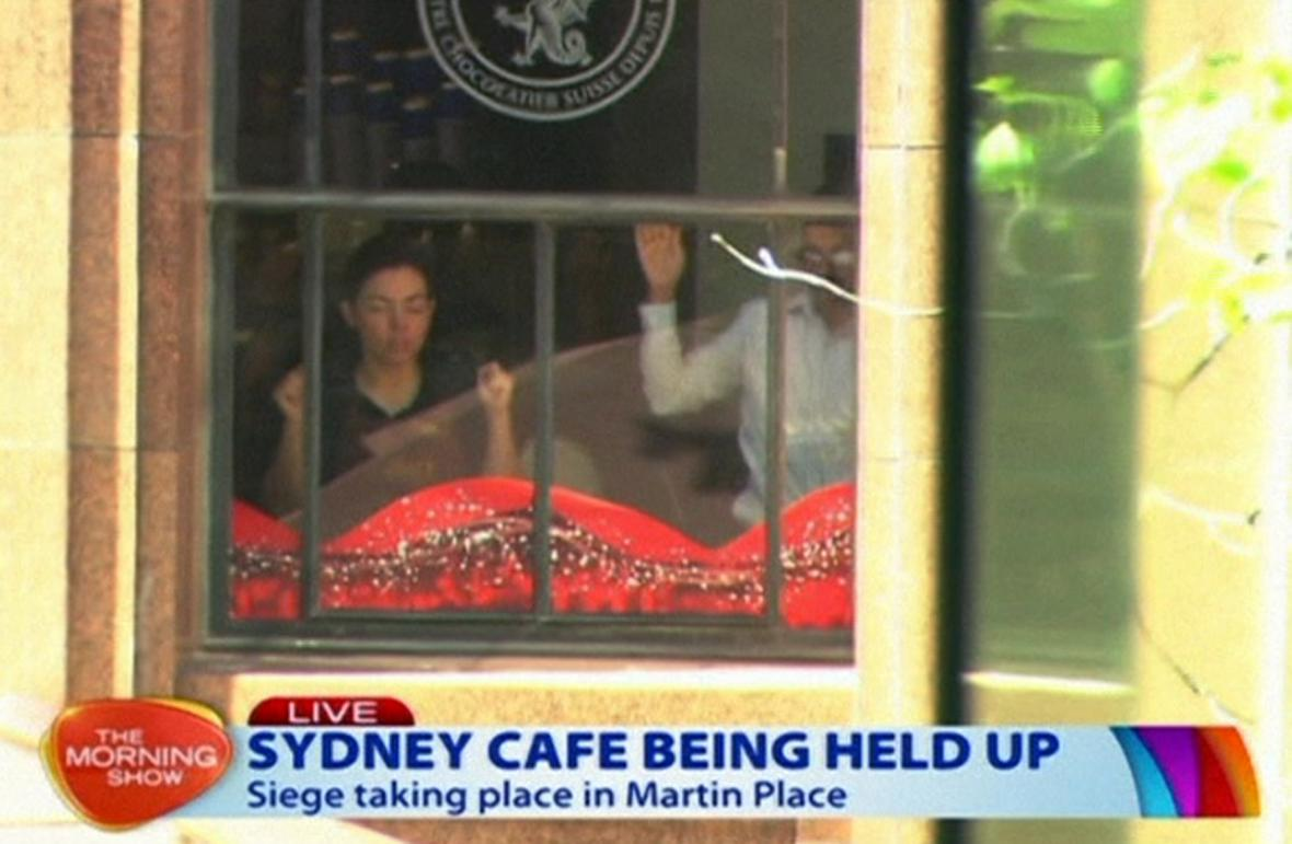 Ozbrojenec obsadil kavárnu v Sydney