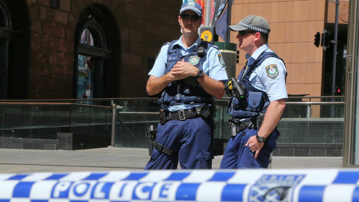 Policie uzavřela okolí kavárny v Sydney