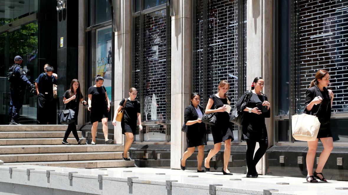 Policie vyklidila okolí kavárny v Sydney