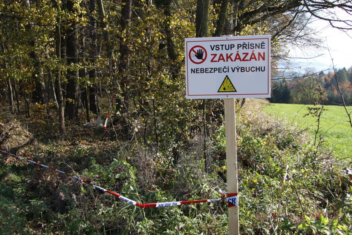 Okolí muničního skladu ve Vrběticích je uzavřeno