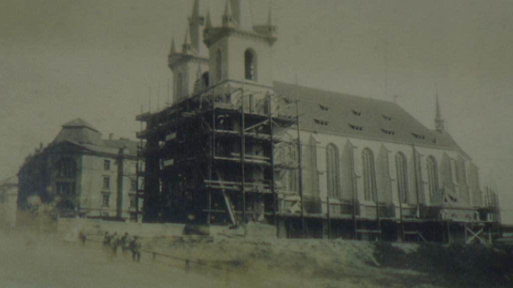 Stavba kostela sv. Antonína