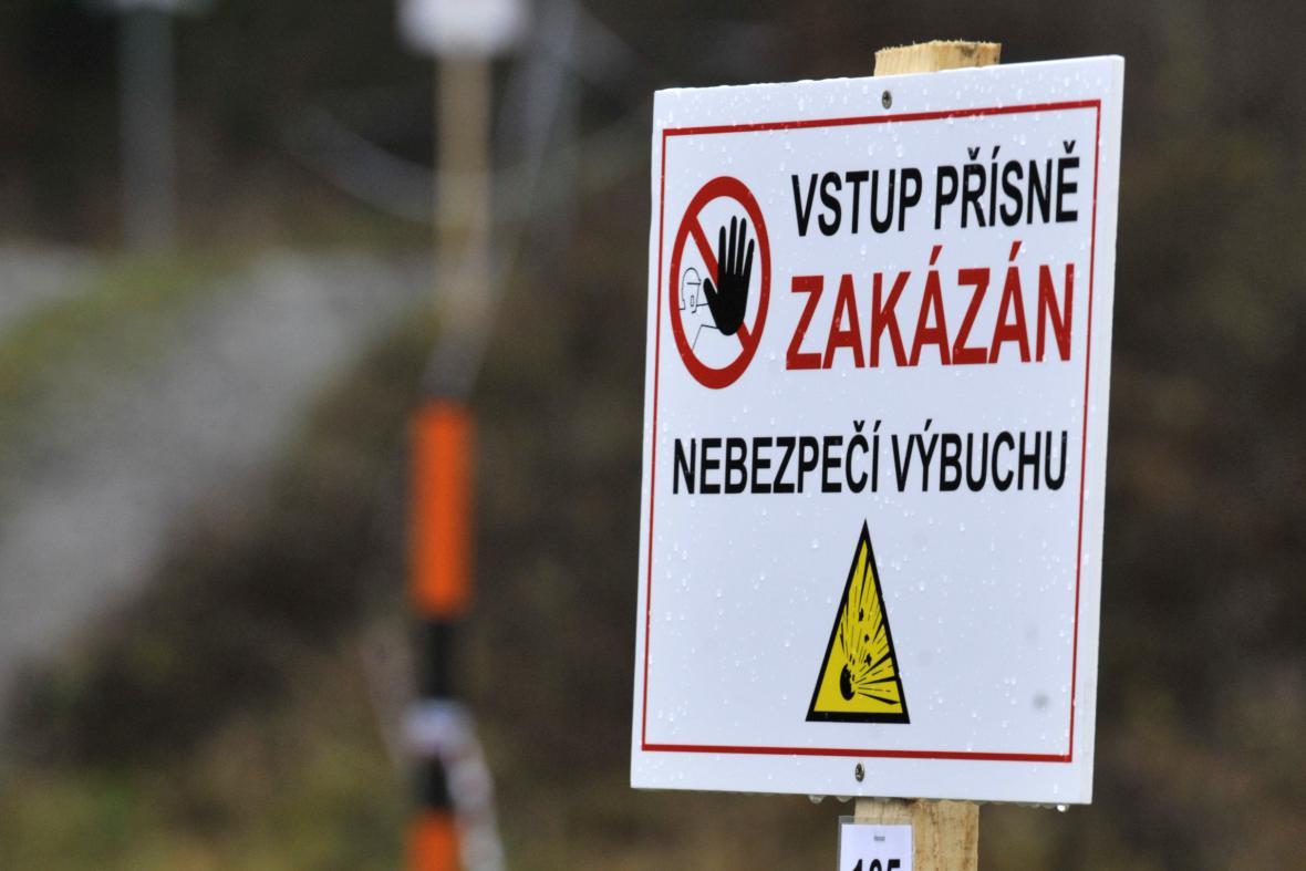 Vstup do okolí muničních skladů je přísně zakázaný